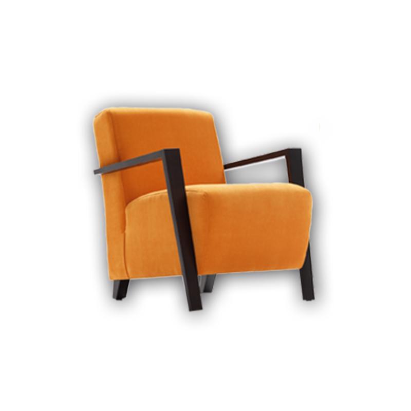 Butaca modelo Solar color naranja patas de madera de Haya