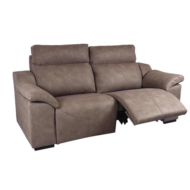 Sofá Badra color marrón con brazos y repaldos desenfundables para facilitar su lavado 2 plazas.
